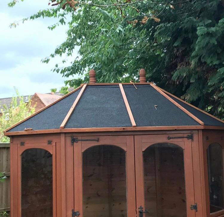 summerhouse-no-roof-too-small